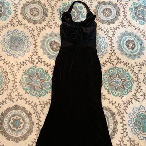 Black Velvet Fit & Flare Dress!